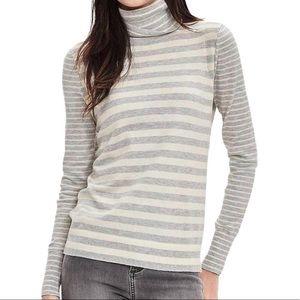 Banana Republic Striped Turtleneck Sweater Grey M